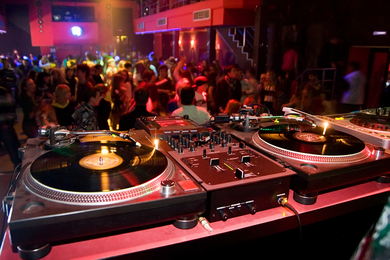 House music party one direction fan club welcome to for Examples of house music