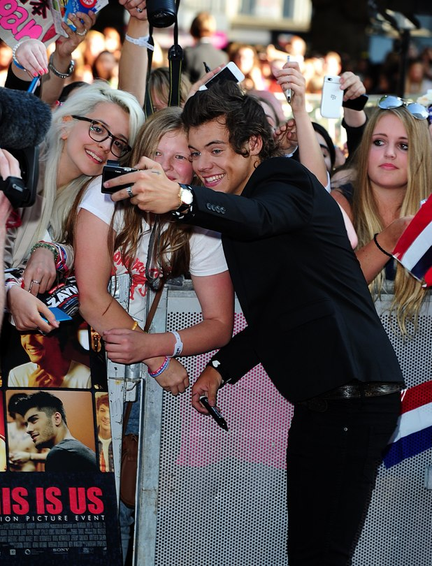 movies-harry-styles-this-is-us-premiere